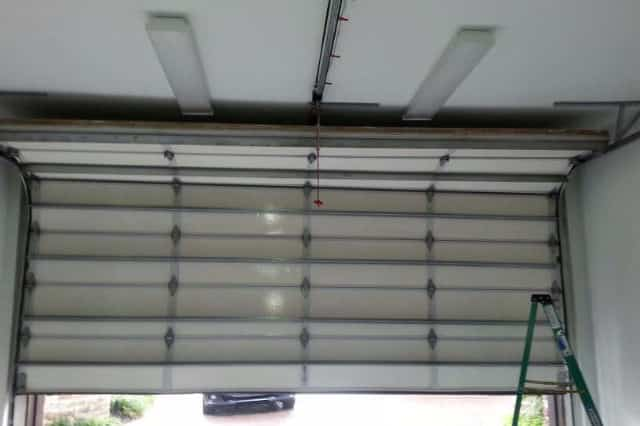 PECAN GROVE / RICHMOND GARAGE DOOR REPAIR